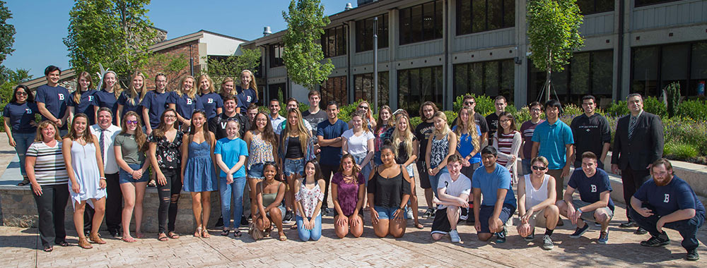 Group photo of Honors students